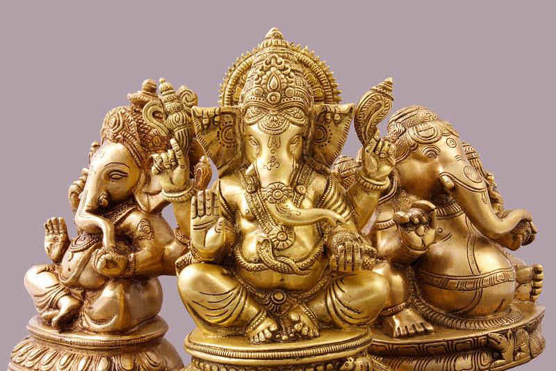 Comment placer une statue de Ganesh ?